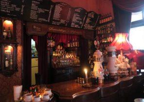 Bar Kazimierz Sebagai Gudang Anggur